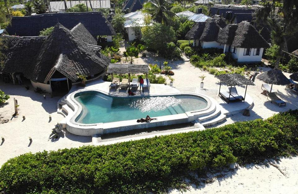 The swimming pool at or near Driftwood Beach Lodge