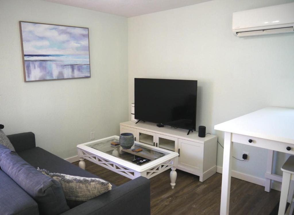 Willoughby Beach Suite C Norfolk