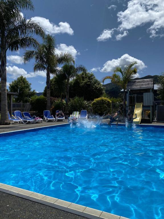 Swimmingpoolen hos eller tæt på Coromandel TOP 10 Holiday Park