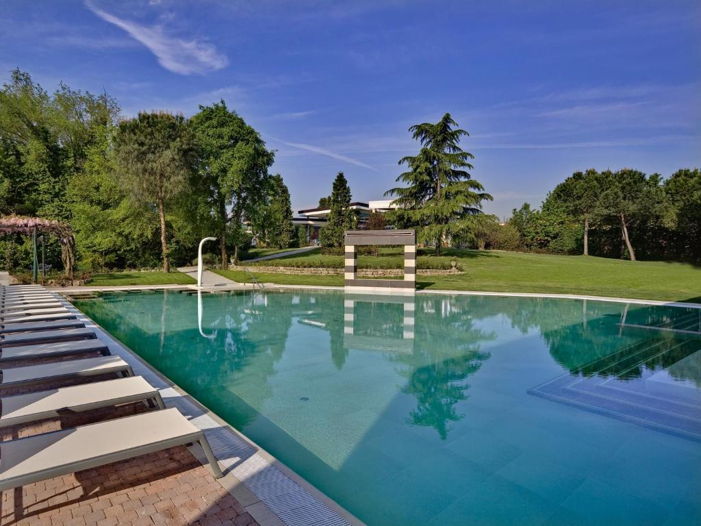 Hotel Mioni Pezzato Abano Terme Italy Booking Com