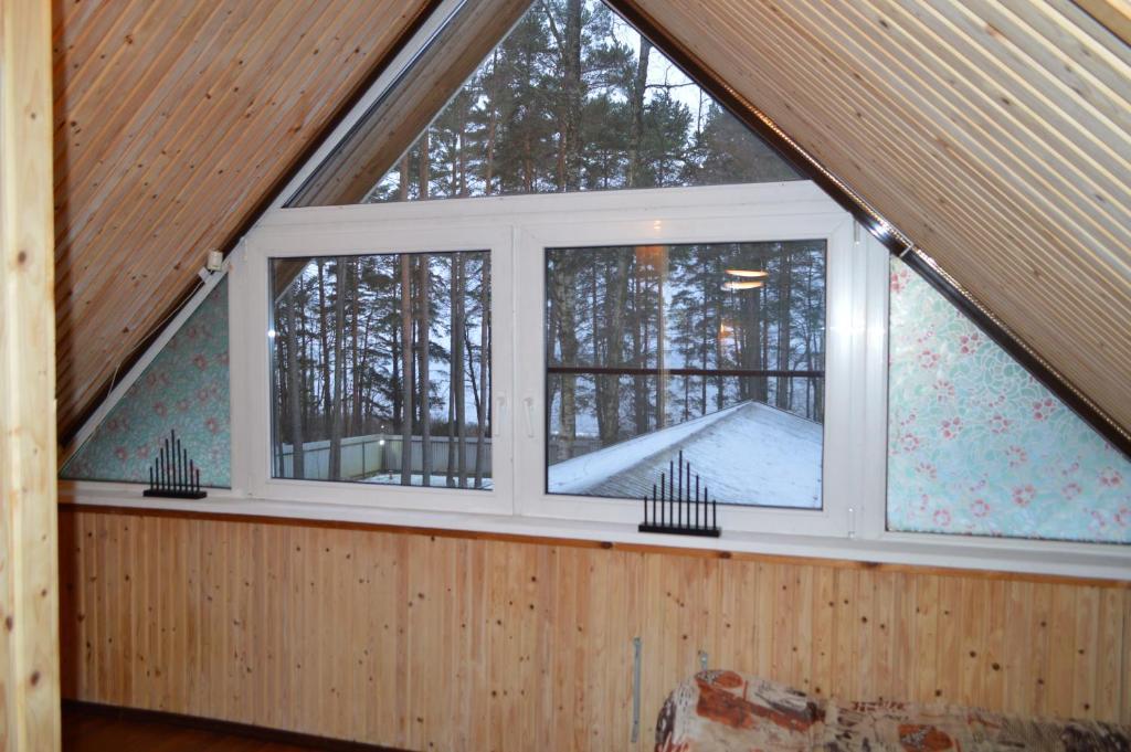 Гостевой Дом на Берегу залива зимой