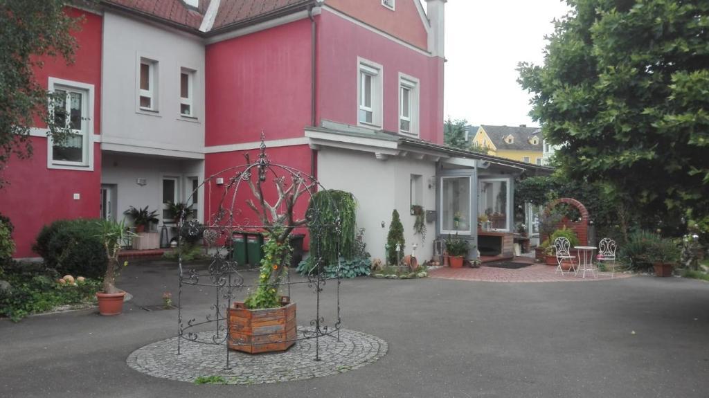 KM Hotel Murtal Rooms & Appartements - Spielberg