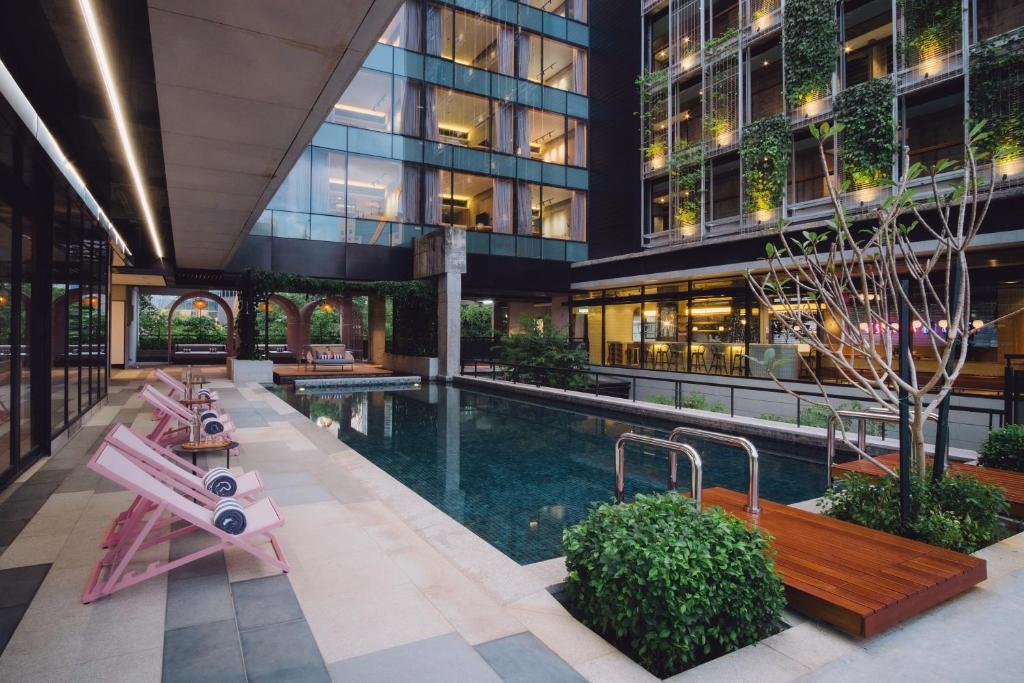 The swimming pool at or near KLoe Hotel