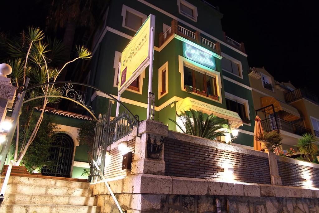 Hotel California (España Málaga) - Booking.com