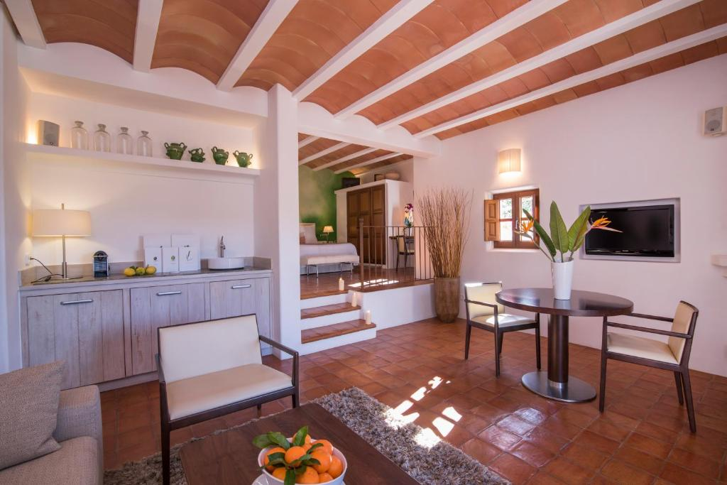 boutique hotels in balearic islands  18
