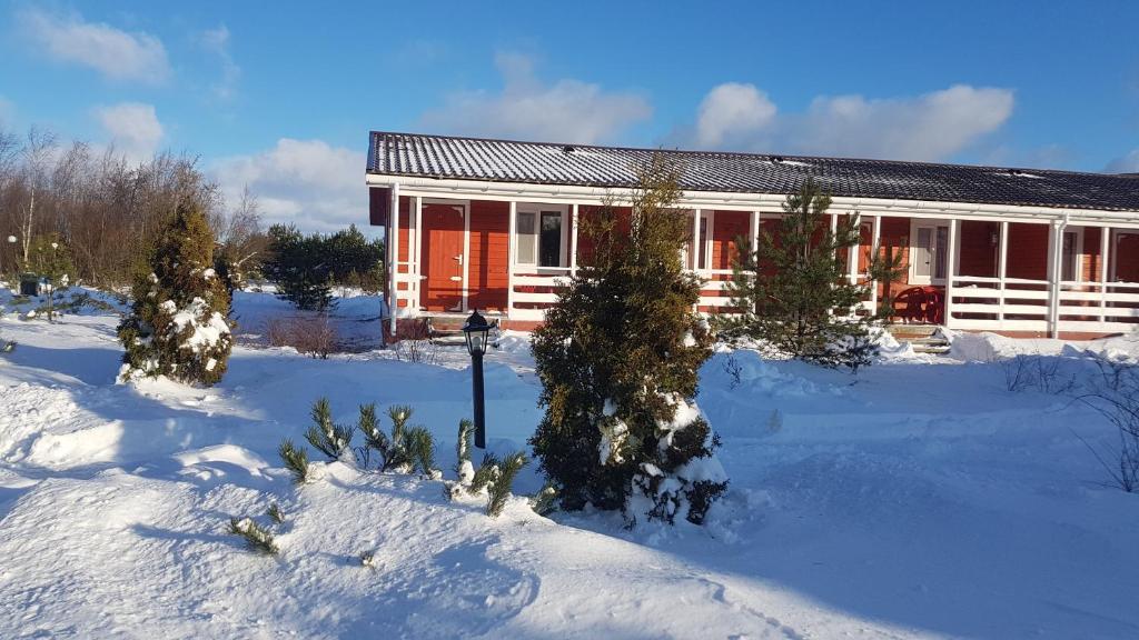 База отдыха Креницы зимой