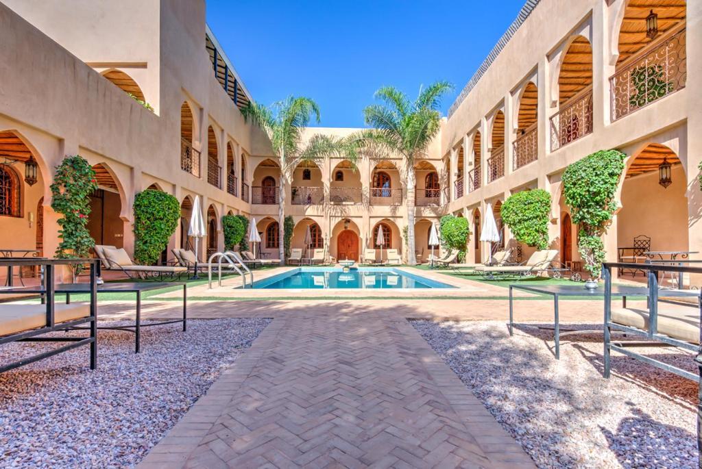 Piscine de l'établissement Riad Janoub ou située à proximité