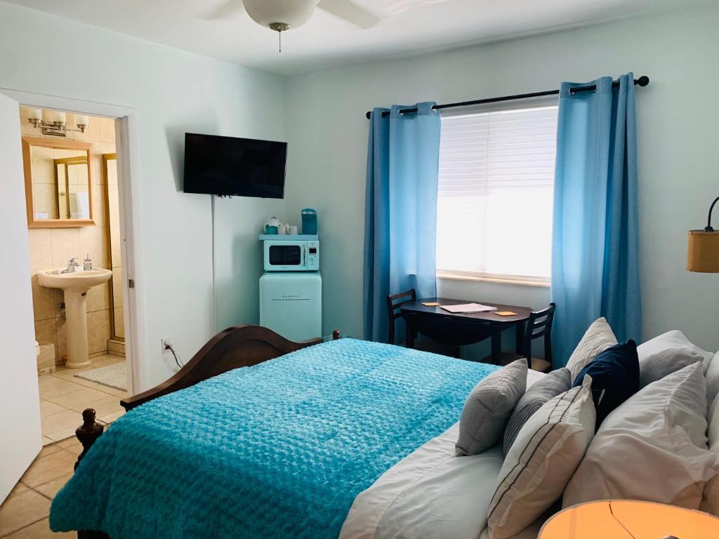 Blue House Miami Beach Updated 2020