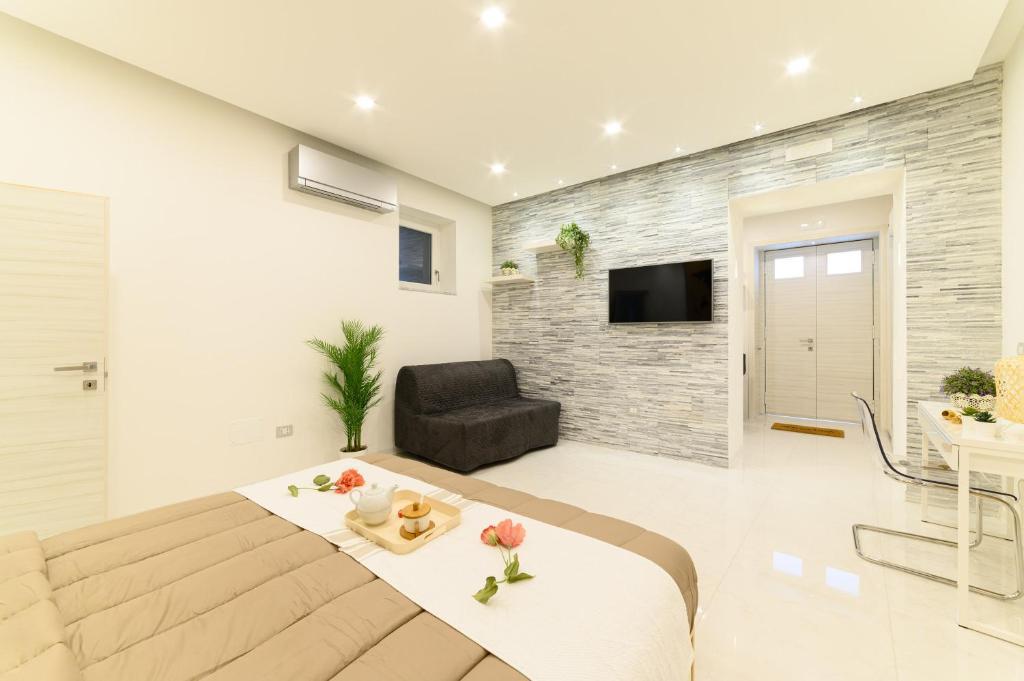Il Mio Guardaroba Salerno.Luxury Apartment Salerno Center Salerno Prezzi Aggiornati Per