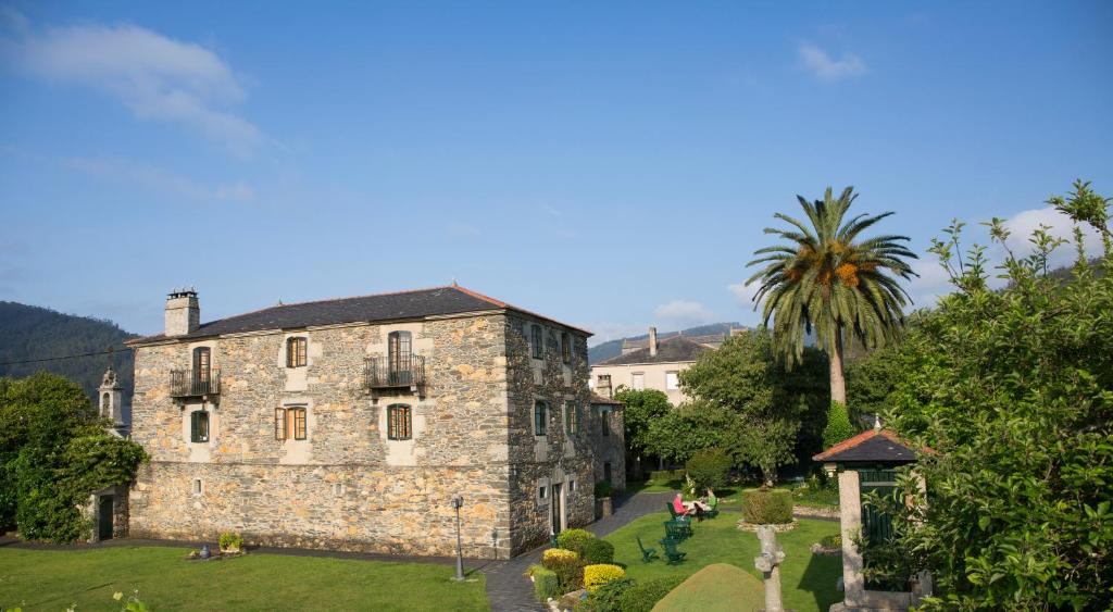 boutique hotels in viveiro  27