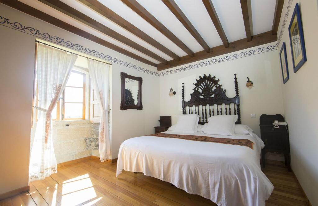 boutique hotels in viveiro  18
