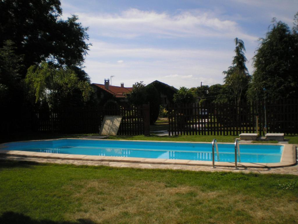 The swimming pool at or near Duerming Casa Vilamor