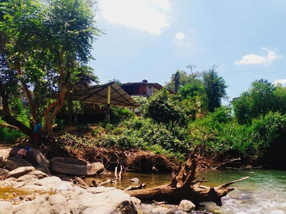 Anil's Inn