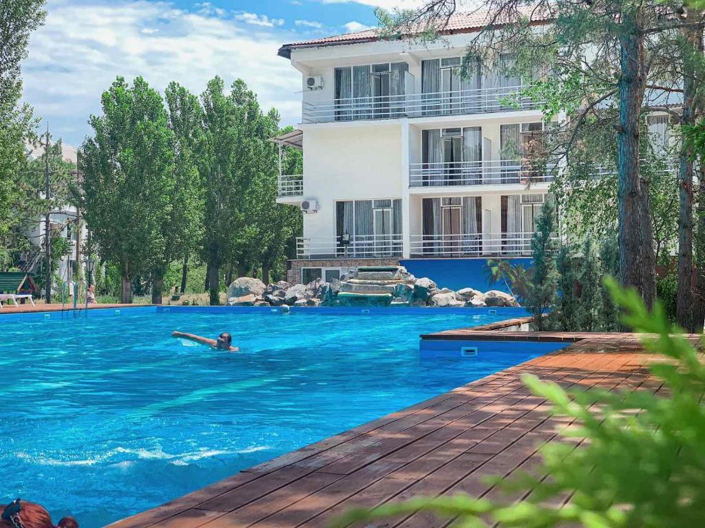Отель Vallen Park (Украина Коблево) - Booking.com