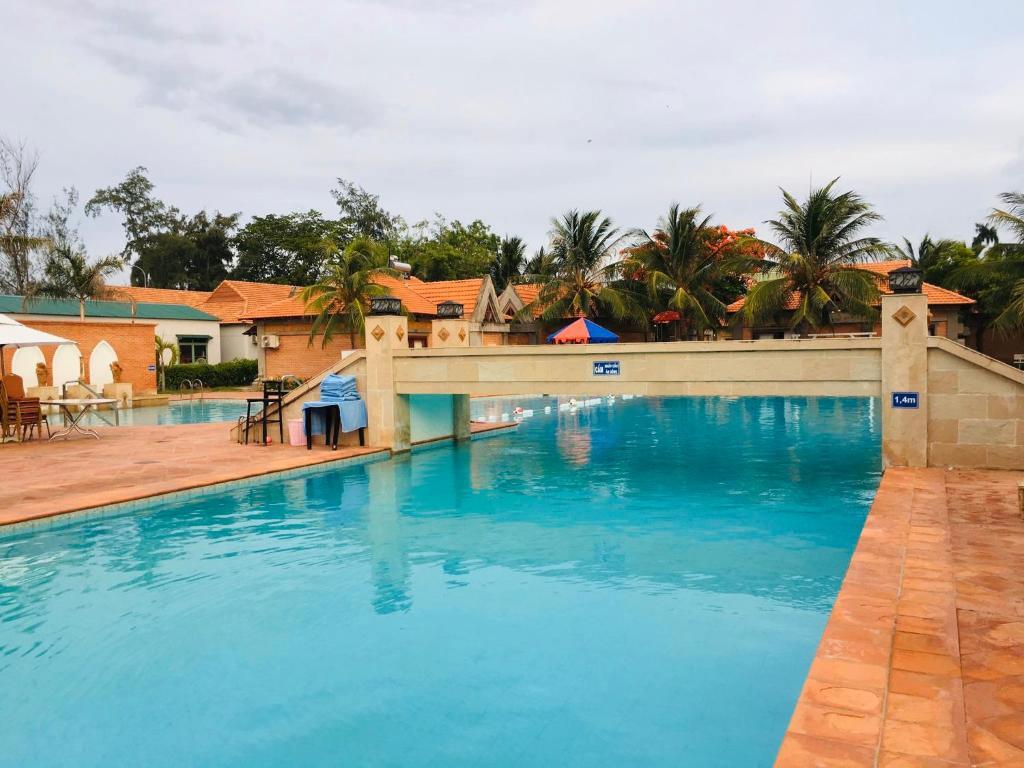 Bau Truc Resort