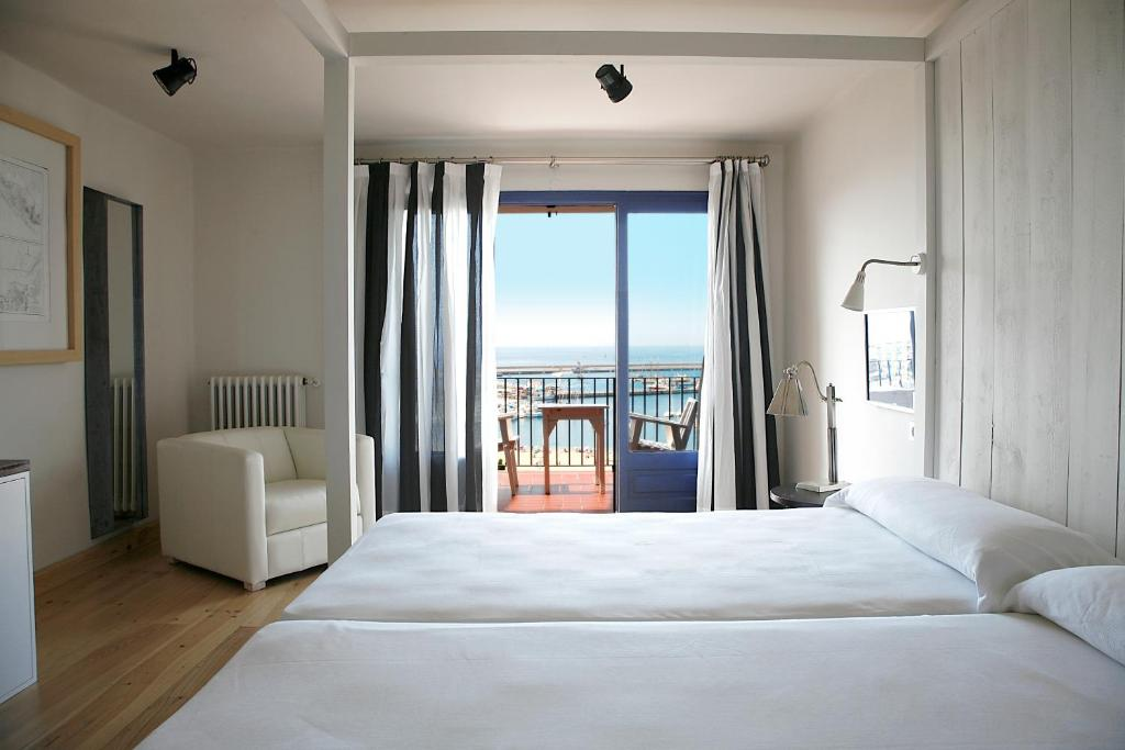 boutique hotels in palamós  56