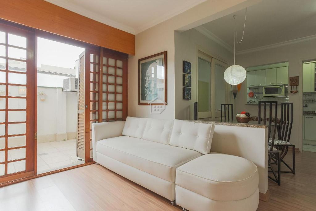 A seating area at Apartamento completo em bairro nobre - c/ garagem