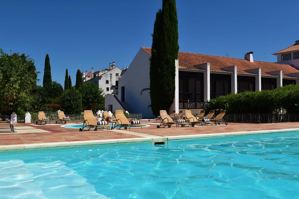 A piscina em ou perto de Pousada Convento de Vila Viçosa