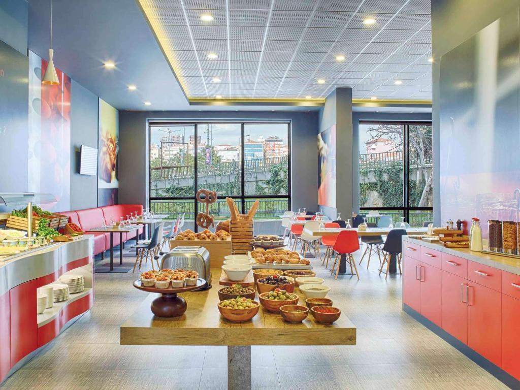 Ресторан / где поесть в Ibis Istanbul Tuzla Hotel
