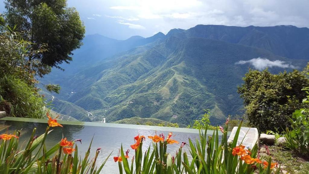 Vista general de una montaña o vista desde el hotel