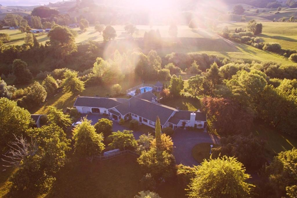 A bird's-eye view of Somersal Bed & Breakfast
