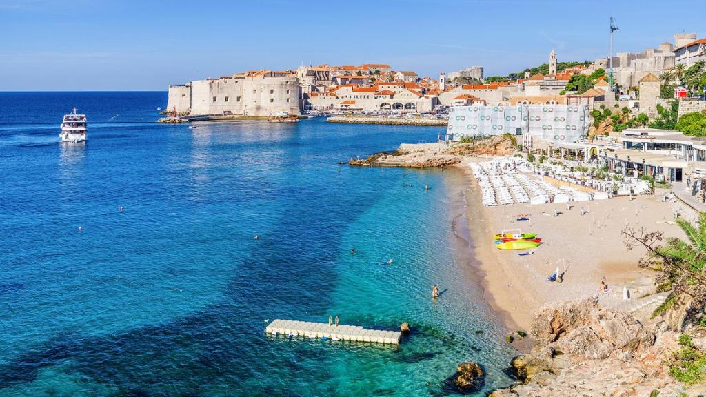 Dane Beach - Dubrovnik Travel Guide