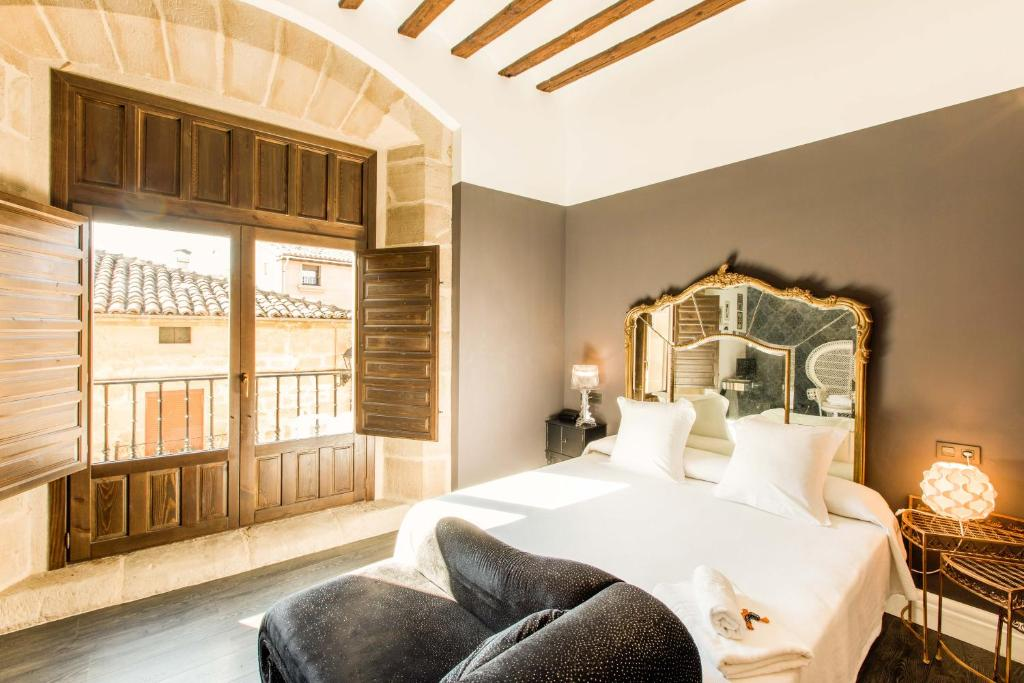 boutique hotels in cuzcurrita 8