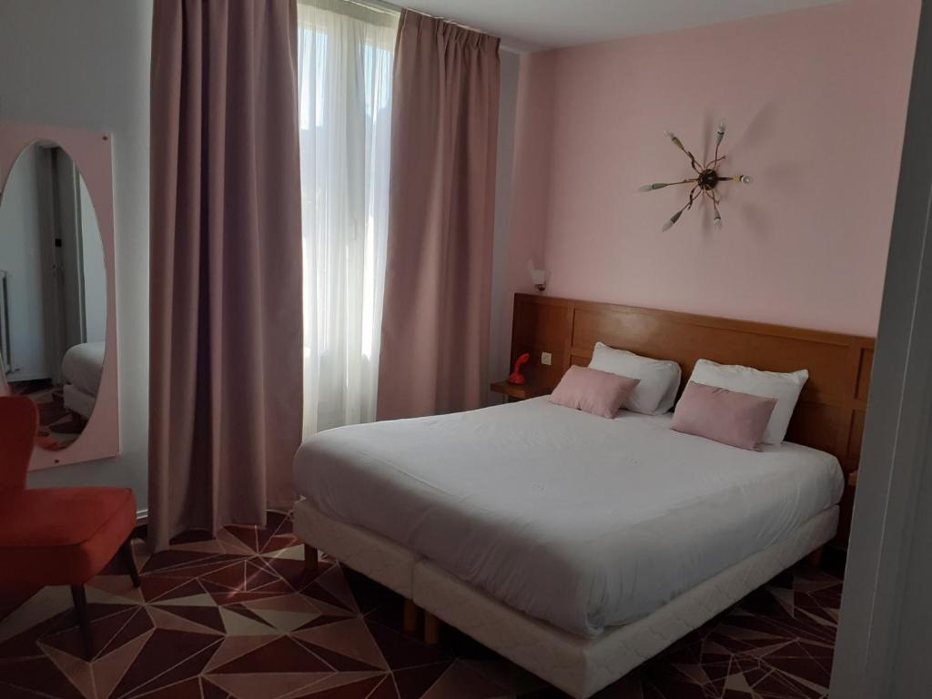 Un ou plusieurs lits dans un hébergement de l'établissement ibis Styles Le Havre Centre