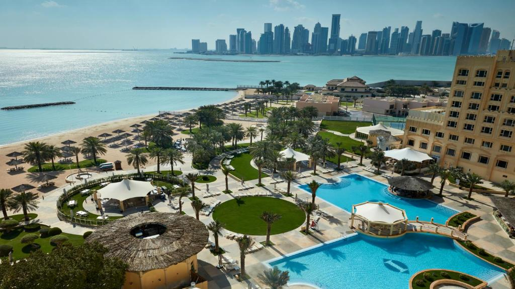 A view of the pool at InterContinental Doha Hotel or nearby