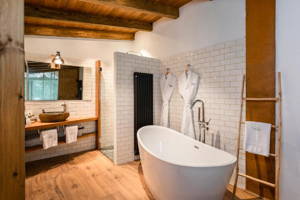 hotels with  charm in la vall de bianya  10