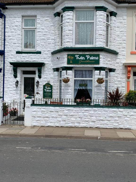 Twin Palms Guesthouse in Great Yarmouth, Norfolk, England