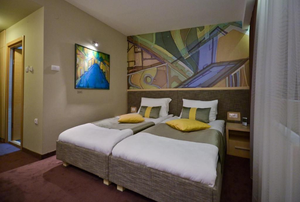 ArtLoft Hotel