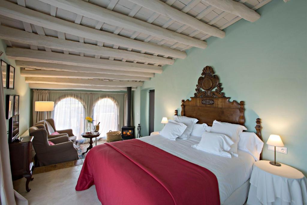 hoteles con encanto en casavells  11