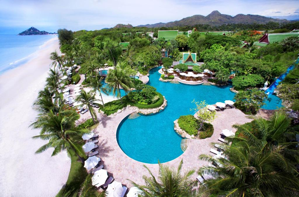 Uitzicht op het zwembad bij Hyatt Regency Hua Hin of in de buurt