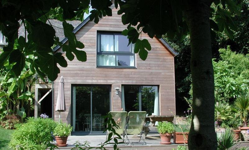 Ferienhaus Un Jardin en Pente Douce (Frankreich Locquénolé ...