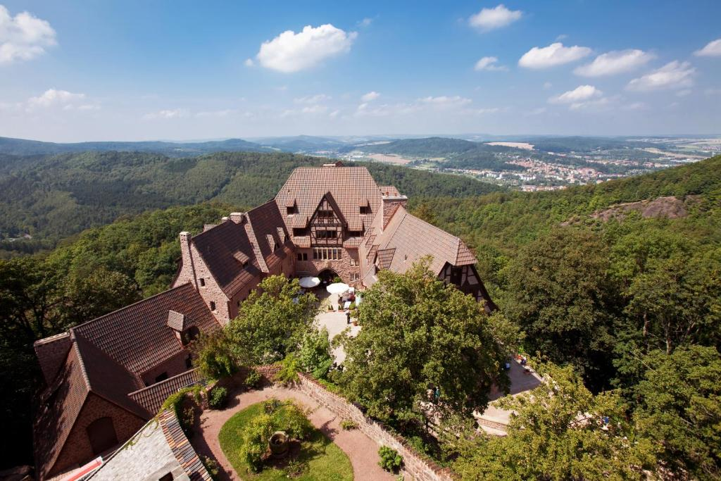 A bird's-eye view of Romantik Hotel auf der Wartburg