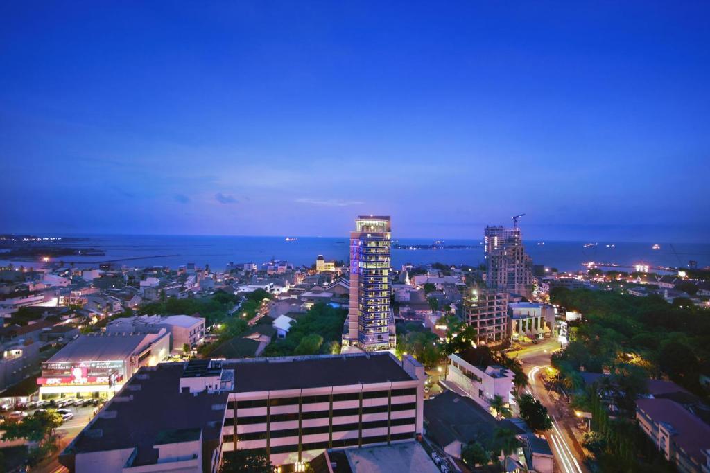 A bird's-eye view of Aston Makassar Hotel & Convention Center