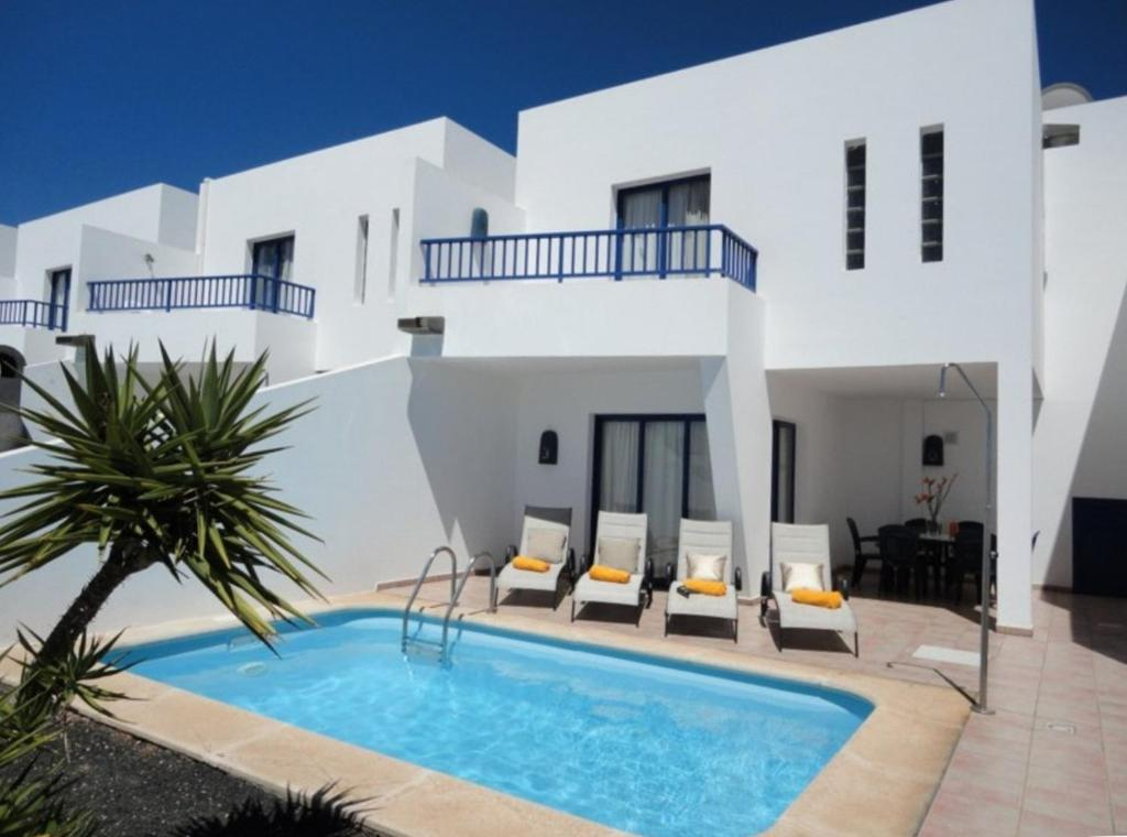 Villas Puerto Rubicon, Playa Blanca, Spain - Booking.com