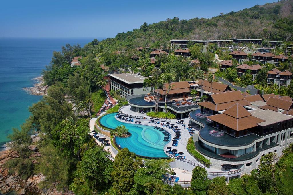 Pullman Phuket Arcadia Naithon Beach с высоты птичьего полета