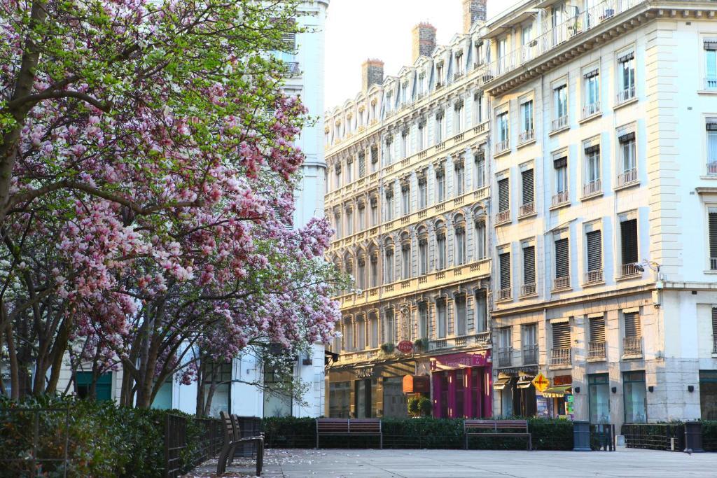 Hotel Des Celestins Lyon France Booking Com