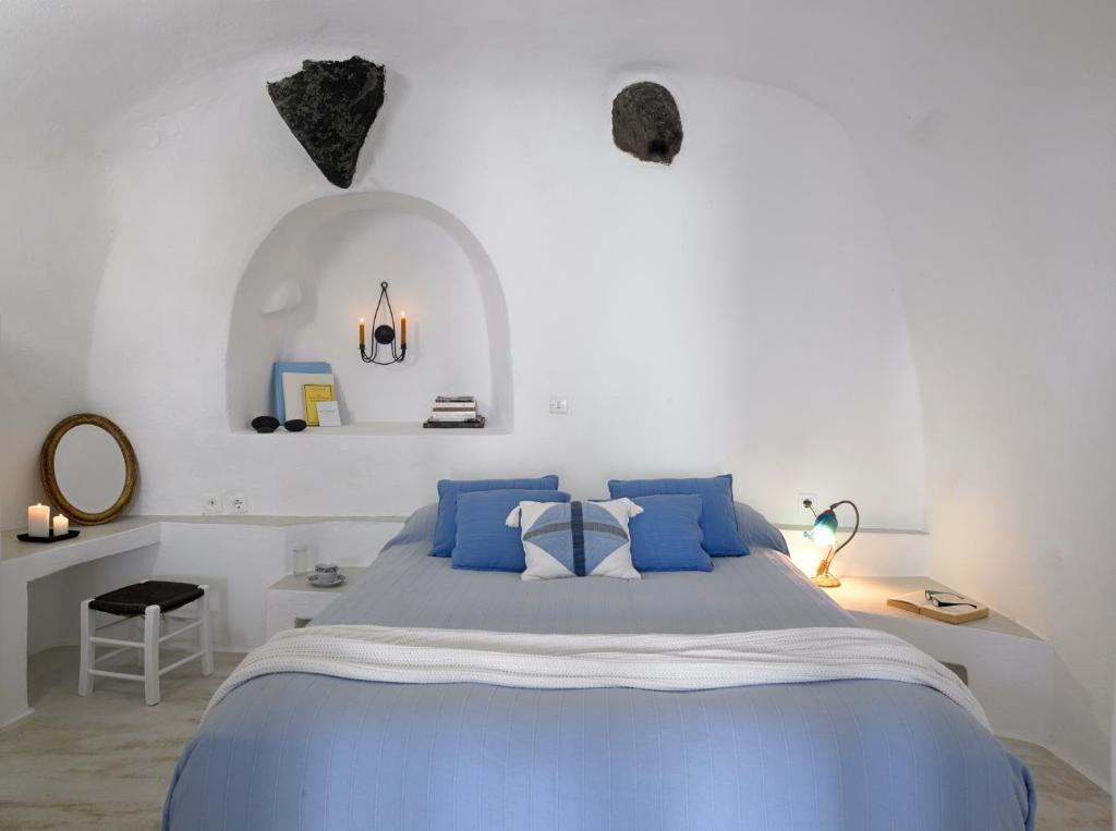 Cama o camas de una habitación en Altana Heritage Suites