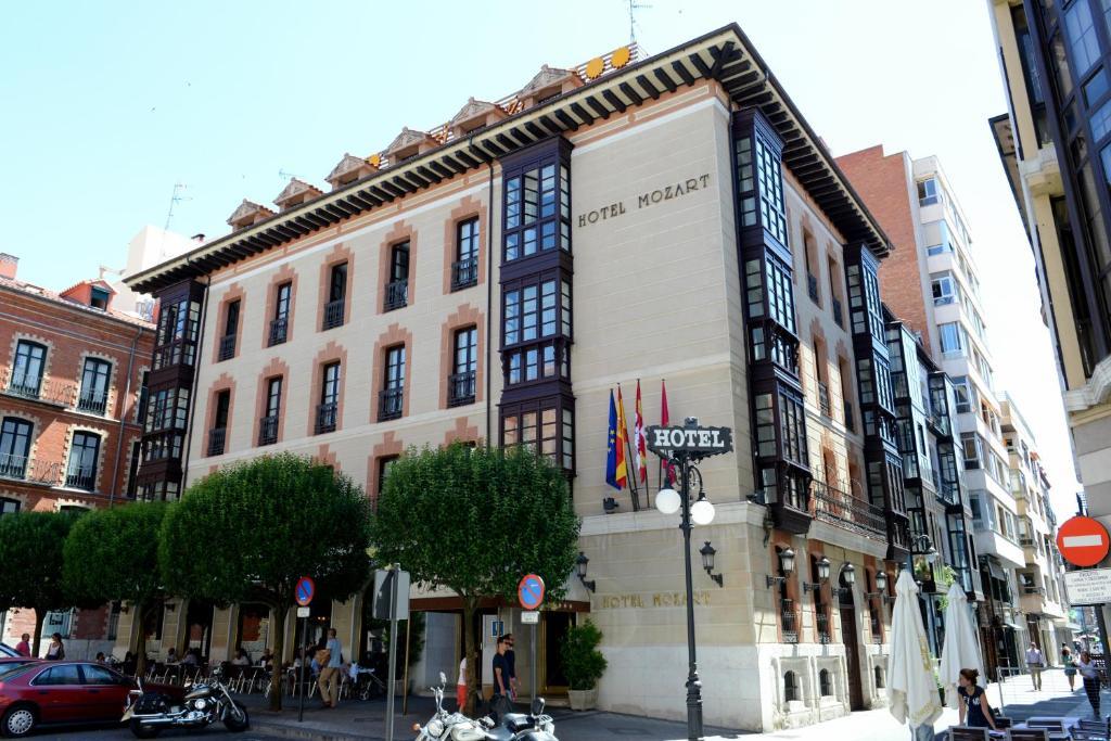 Hotel Mozart (España Valladolid) - Booking.com