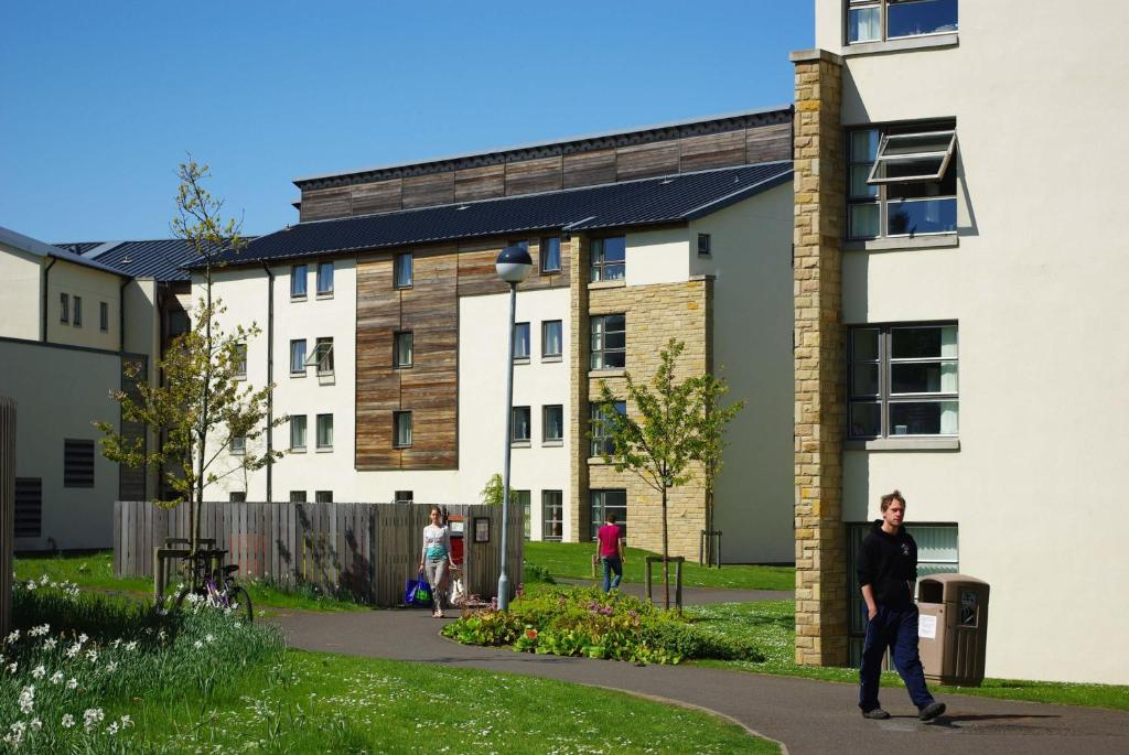 David Russell Apartments - Campus Accommodation