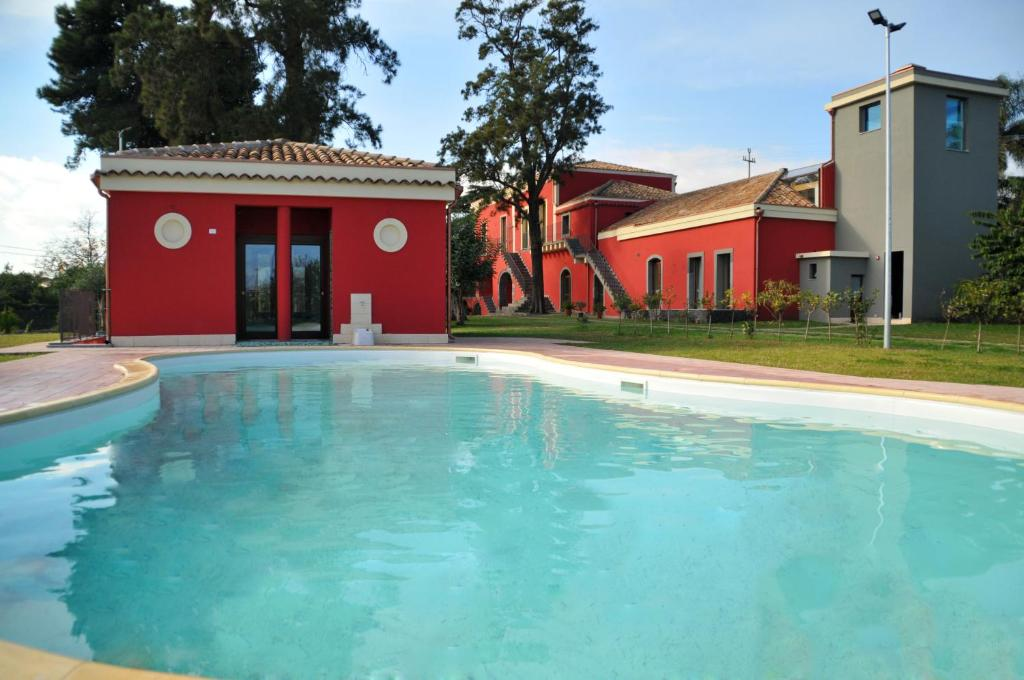 The swimming pool at or close to Palazzo Rosso
