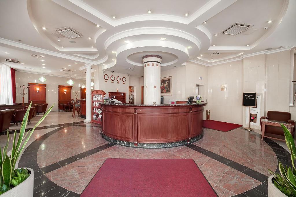 Лобби или стойка регистрации в Boutique Art Hotel