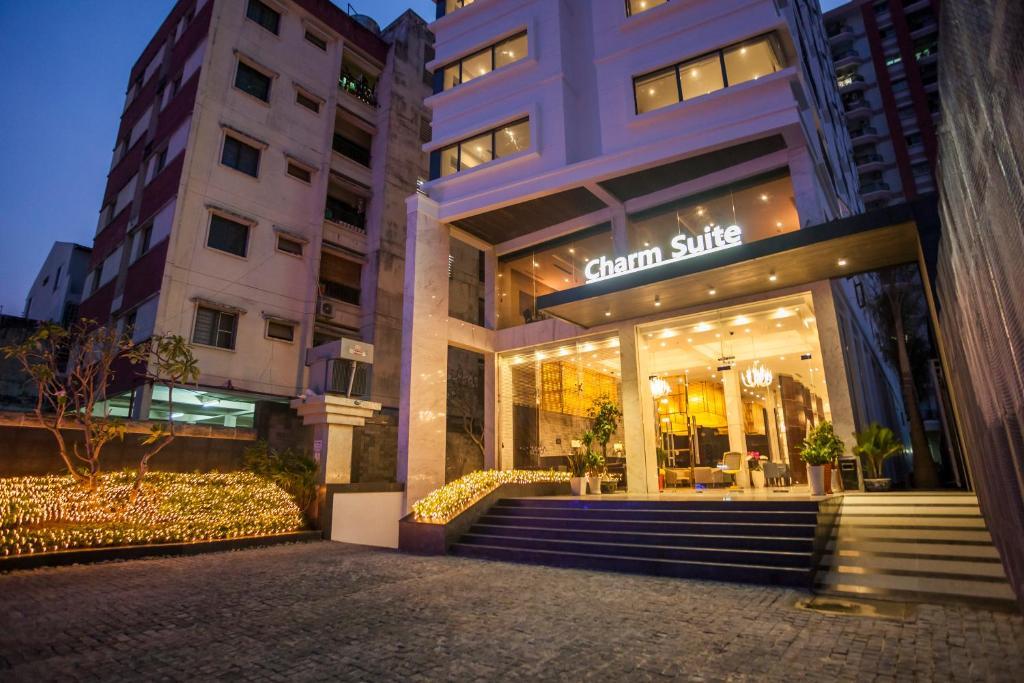 Charm Suite Residence Saigon