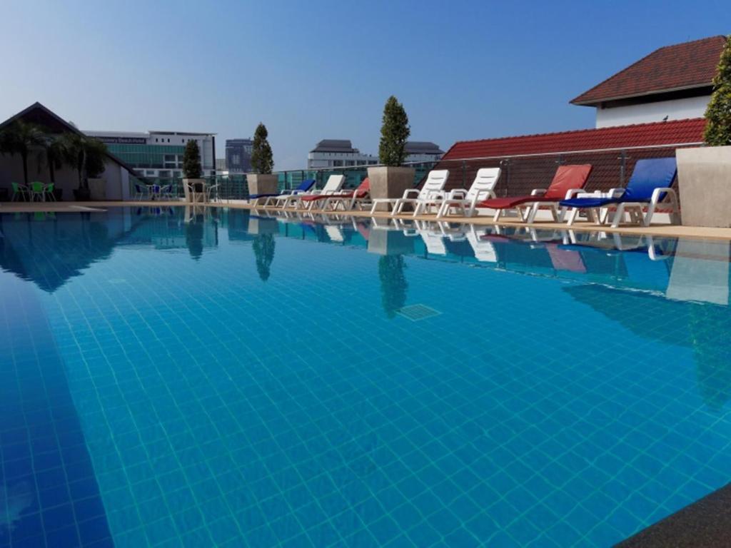 Бассейн в Pattaya Blue Sky или поблизости