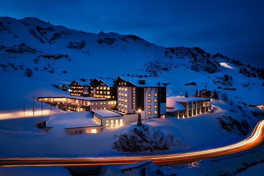 Hotel Zürserhof in de winter