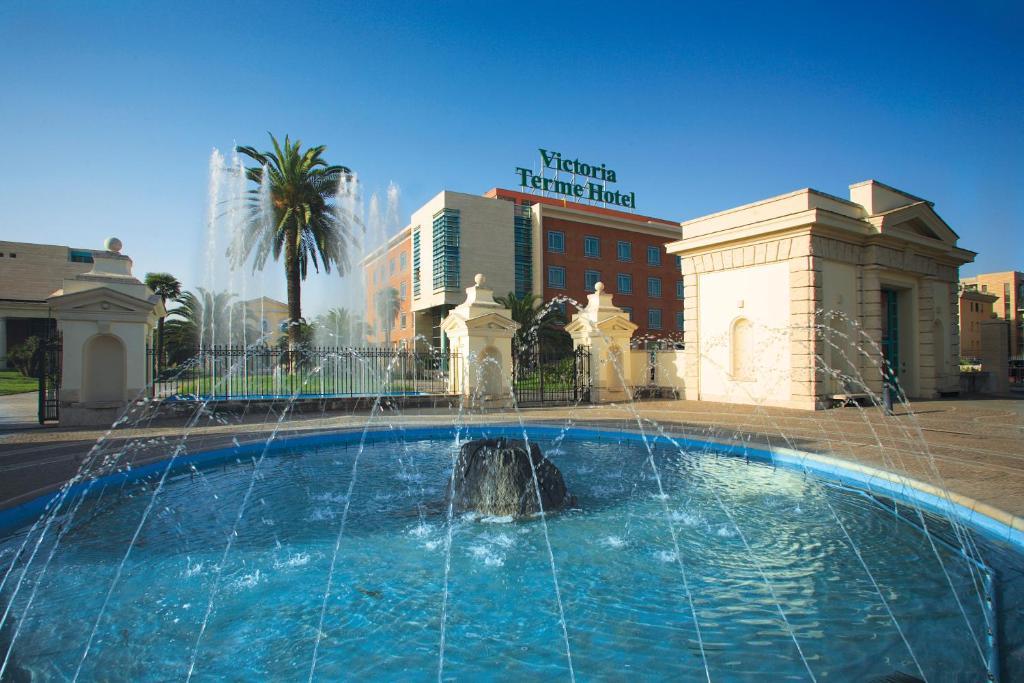 A piscina em ou perto de Victoria Terme Hotel