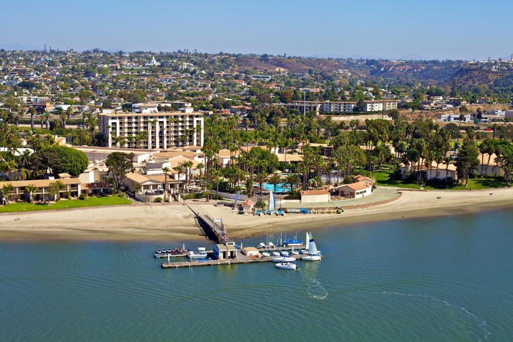 A bird's-eye view of Hilton San Diego Resort & Spa